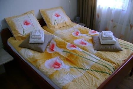 B & B Vrouwe Fortuna - Bed & Breakfast