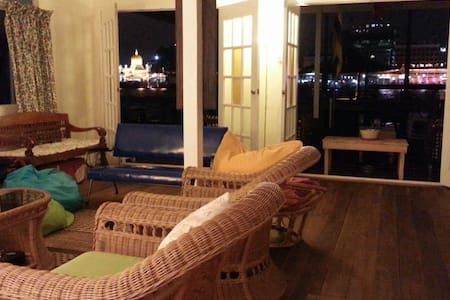F3  Room for 3 ppl in Water village - Kampong Ayer - Pousada
