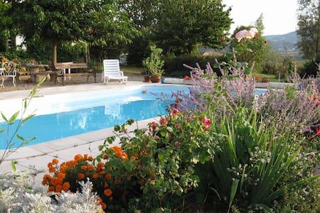Chambres d'hôtes avec piscine 2/5 - Bully - Bed & Breakfast
