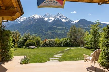 Pace sole campagna 3 km Aosta  - Wohnung