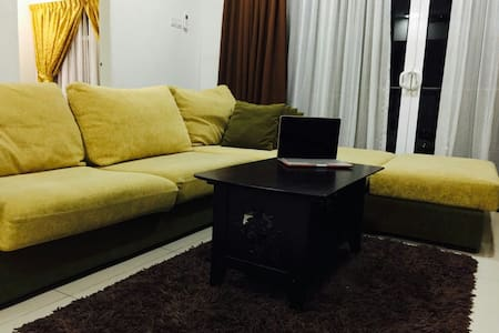 Comfort 2 bedded centrally located - Apartemen