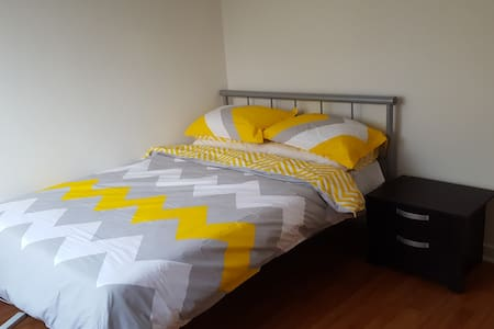 Quiet Apartment located close to Elwood & St Kilda - Ripponlea - Wohnung