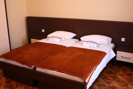 """Crystal Lux"" room for 3 - Sombor"