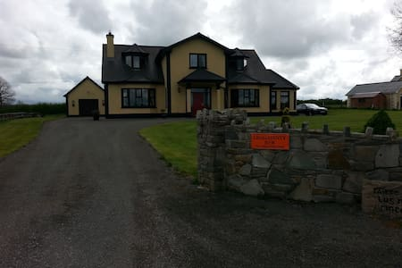 Leggatinty B&B in Roscommon
