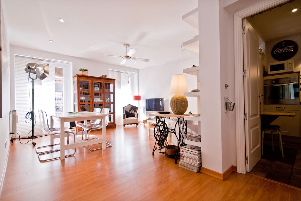 2 Bedroom Apartment - Center Madrid