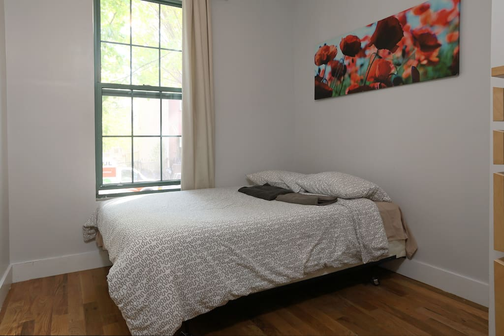 Great Room in Heart of Williamsburg