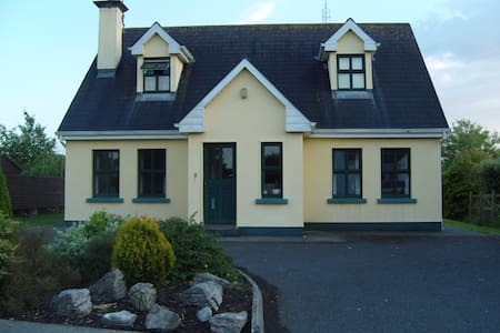 Holiday Home in Ballyvaughan - Haus