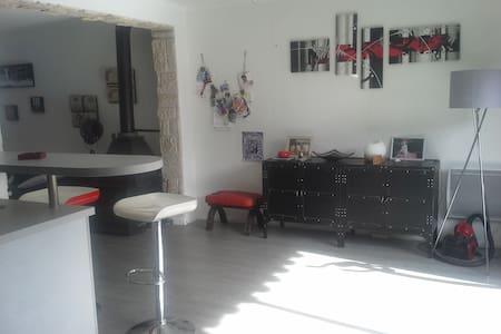 Maison 86 m2.Calme,idéale famille - House