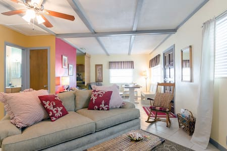 Our sweet and cozy cottage is just a short walk to Sunset Beach. Treasure Island is a perfect spot for a short stay or a month long rental. We look forward to your visit!