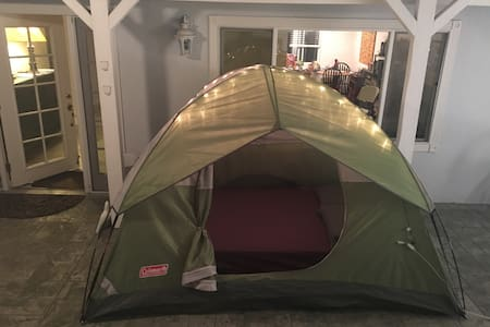 Beautiful four men tent double bed - Oceanside - House