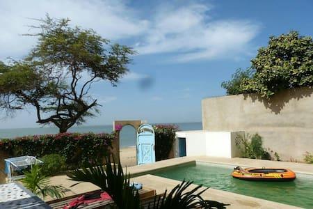 Villa met zwembad aan het strand - Casa