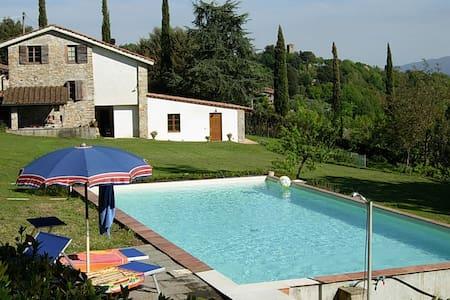 Casa vacanze Vecoli - Casa