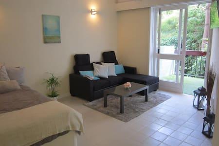 Excellent Studio apartment close to Train&Beaches - Estoril - Pis