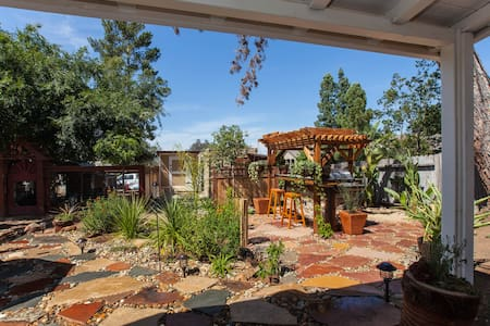 Charming Fallbrook Cottage - Fallbrook - Casa