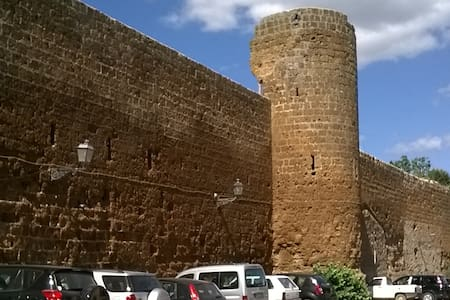 Vivere in un borgo medioevale - Barbarano Romano - Casa