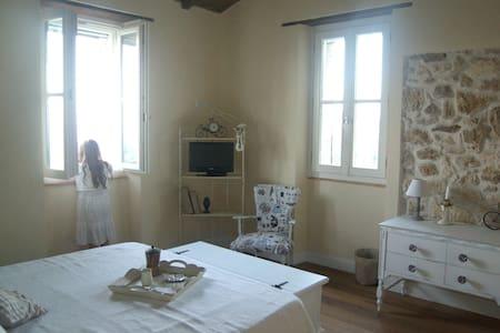 B&B L'Usignolo Ascoli Piceno - Ascoli Piceno - Bed & Breakfast