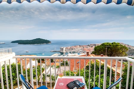 Apt.with balcony,sea view,free park - Dubrovnik