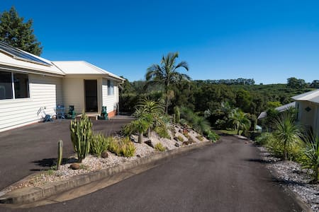 Heydens Hinterland Retreat Nr Byron - Alstonvale