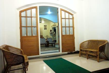 guruvayur homestay - Villa