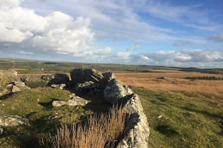 Roughtor View, Highertown,Camelford - Cornwall - House