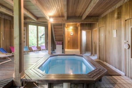 Suite avec piscine et sauna - Huis