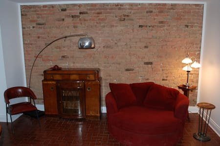 Gorgeous 2 BR Outremont/Mile End
