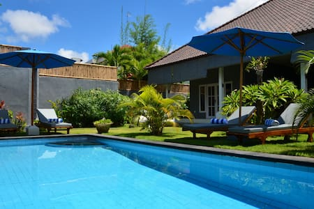 Villa-in-Seminyak-with-pool-garden