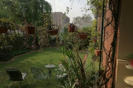 Modern House Great location - Lahore - Bed & Breakfast