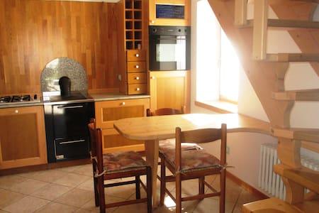 Casa Pirét - Strembo - Rumah
