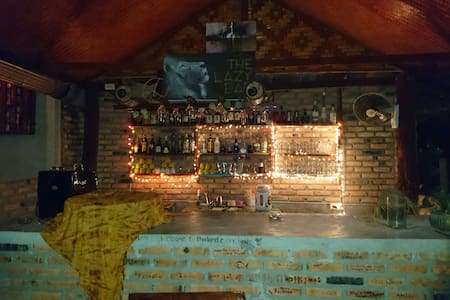 The Lazy Bar Guesthouse - Ao Nang - Rumah