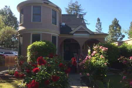 Rent Apartment Palo Alto Short Term