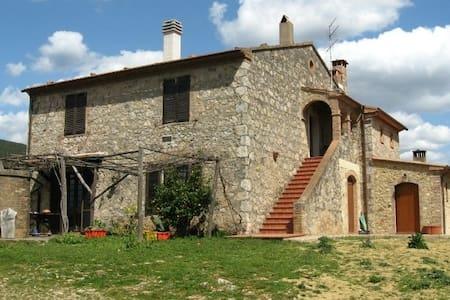 VACANZA  AGRITURISMO  IN MAREMMA - Batignano - House