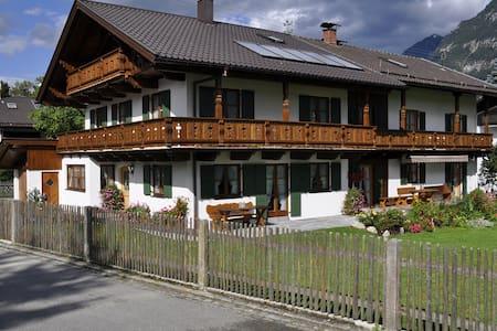 Haus Zugspitzland Fewo Kramer - Pis