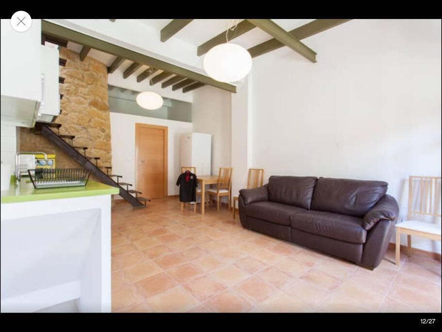 Casita rustico moderna en alicante apartments for rent for Casa moderna alicante