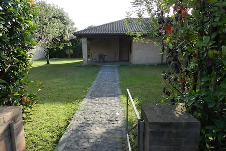 Casa in campagna - Varcaturo - Giugliano in Campania