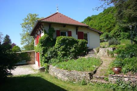 Maison à la campagne - Huis