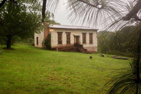 Cabaña en Fracc. Zona de Bosque - Blockhütte