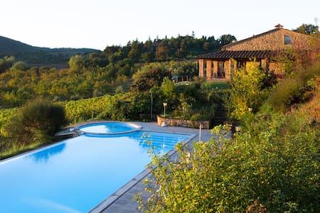 Villa a Montepulciano con Piscina - Montepulciano