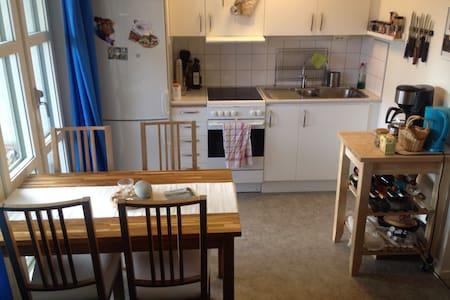 Cozy App. w. huge balcony Kalmar C - Kalmar - Wohnung