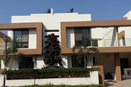 3 BHK Furnished Bungalow - Bungaló