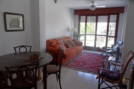 Alquiler apartamento 2 dorm. en Noja - Leilighet
