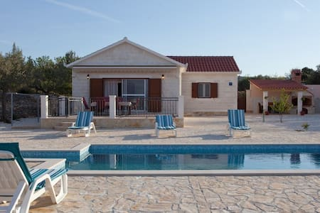 Holiday home Mirca, Supetar - Mirca