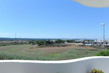 Home with sea view near Ostuni - Hus