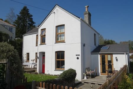 Cosy cottage in Cornwall, 6 persons - Talo
