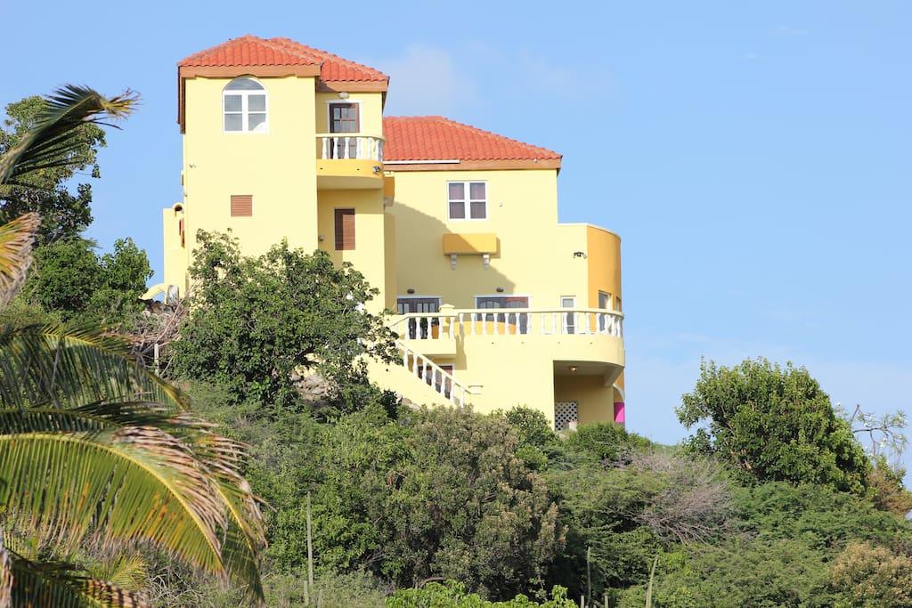 Paradise Villa In Turtle Beach