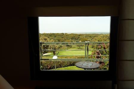 Apartamento Campo de Golf - Zarapicos - Lejlighed
