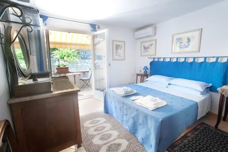 Altoblu B&B max comfort in villa vista mare - Ventimiglia