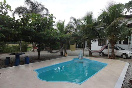 Casa da Família na Estrada - Brusque