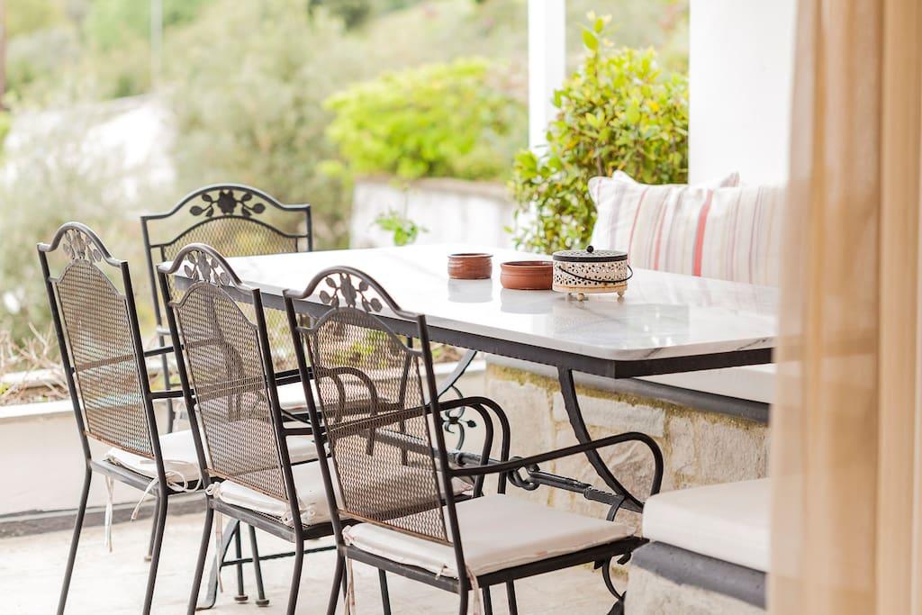 Outside table for breakfast/lunch/dinner!