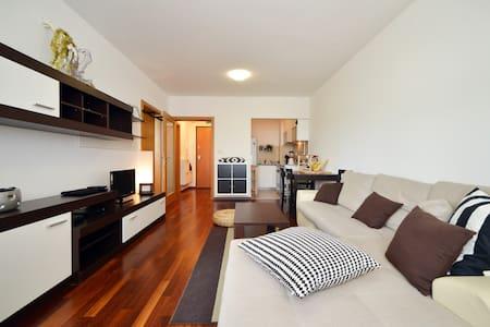 Premium apartment - great location! - Zagreb - Apartment